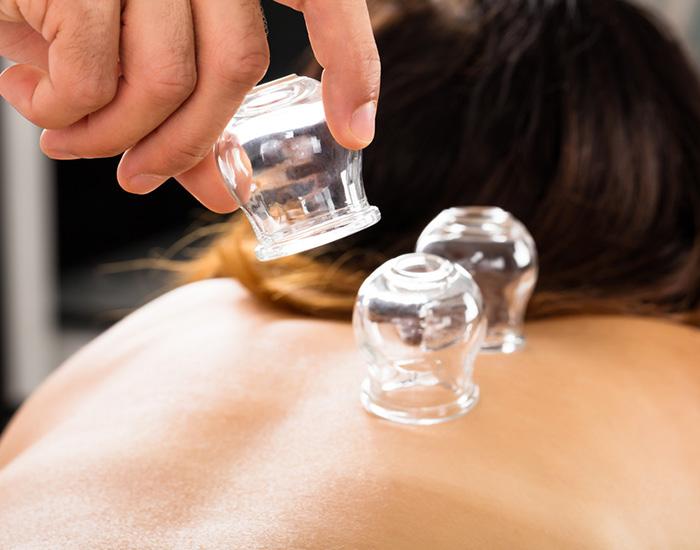 Massage aux Ventouses